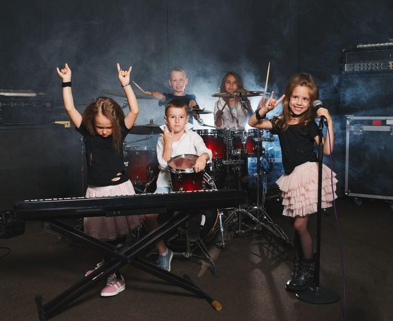 Laat je kinderen hun eigen rockband maken!